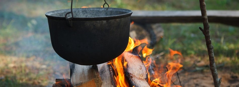 cooking-over-campfire