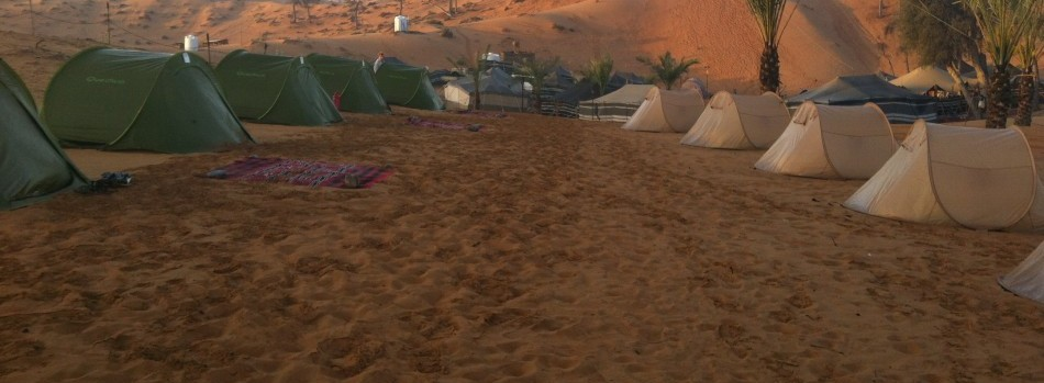 tents-in-desert